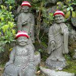 Aangeklede boeddha's