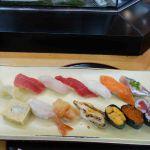 Verse sushi bij Tsukiji vismarkt