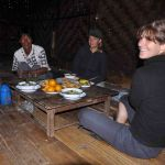 Lunch tijdens trekking in Inle Lake