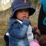 Dochtertje van gids in Quilotoa